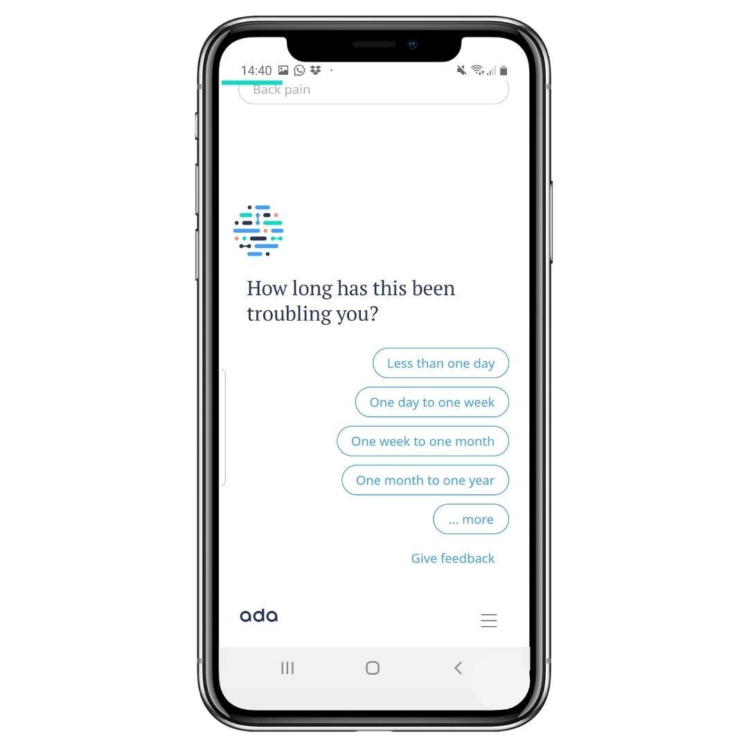 Der Chatbot Ada stellt den Nutzern detaillierte Fragen zu Symptomen.